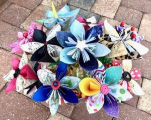 Funtastical Paper Flowers™ (Ages 12 to adult)